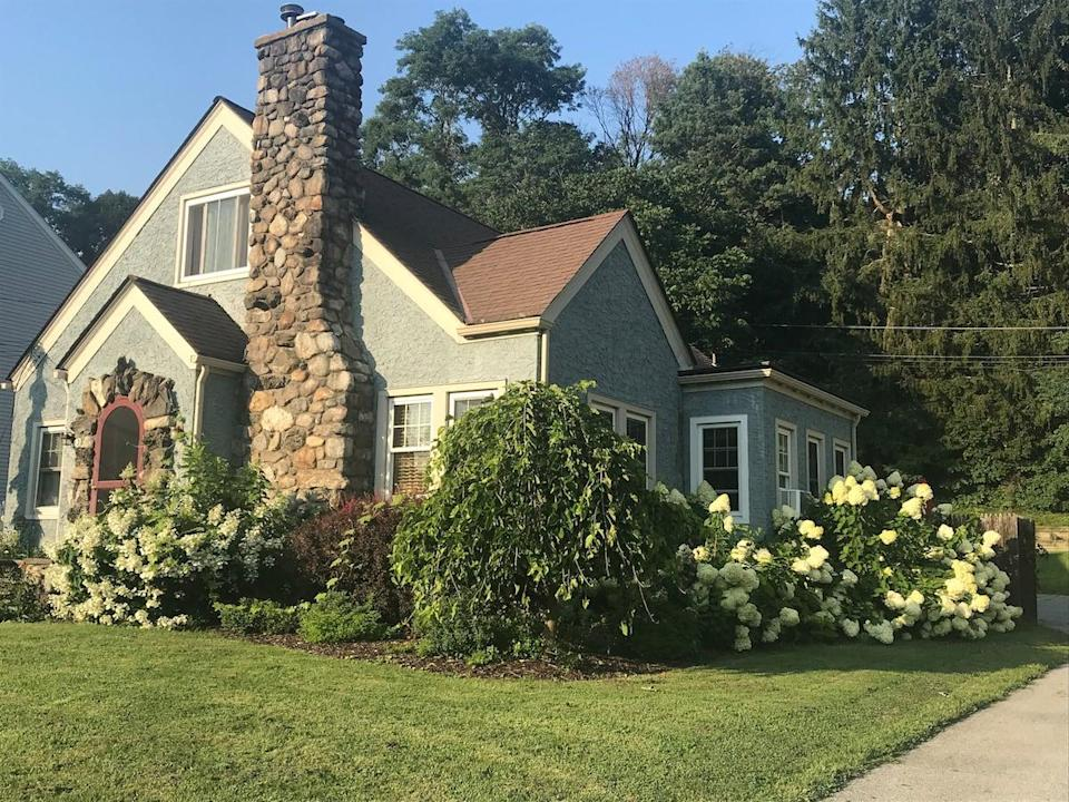 """<h2><a href=""""http://airbnb.pvxt.net/eOe5O"""" rel=""""nofollow noopener"""" target=""""_blank"""" data-ylk=""""slk:Blue Cottage Apartment in Village of Millbrook"""" class=""""link rapid-noclick-resp"""">Blue Cottage Apartment in Village of Millbrook</a></h2><br><strong>Summary:</strong> """"This is a private apartment on the second level of the home two blocks from the Village center of Millbrook. The space was newly renovated and includes a separate entrance to the apartment, 2 bedrooms, a full bathroom, washer/dryer, sitting area, and kitchenette. Perfect for couples, small families, or individuals visiting the area. WIFI and cable are provided.""""<br><br><strong>Location: </strong>Millbrook, New York<br><strong>Sleeps: </strong>2<br><strong>Price Per Night: </strong>$132<br><br><strong><em><a href=""""http://airbnb.pvxt.net/eOe5O"""" rel=""""nofollow noopener"""" target=""""_blank"""" data-ylk=""""slk:Book Now"""" class=""""link rapid-noclick-resp"""">Book Now</a></em></strong><span class=""""copyright"""">Photo: Courtesy of Airbnb.</span>"""