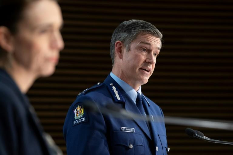 Police Commissioner Andrew Coster (R) said there had been nothing unusual about Ahamed Aathil Mohamed Samsudeen's actions in the lead up to the attack at an Auckland supermarket on Friday, and he had appeared to be doing normal grocery shopping (AFP/Mark Mitchell)