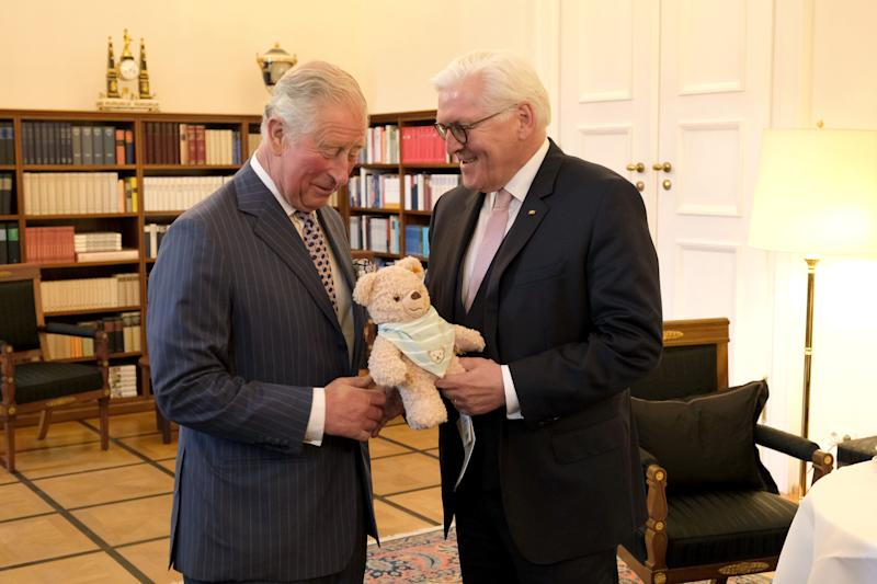 BERLIN, GERMANY - MAY 07: Prince Charles, Prince of Wales greets German President Frank-Walter Steinmeier at Castle Bellevue on May 07, 2019 in Berlin, Germany. Their Royal Highnesses are paying an official visit to Germany at the request of the British government. The four-day-trip from May 7-10 will include visits to Berlin, Leipzig and Munich and comes shortly after the birth of the prince's fourth grandchild. (Photo by Sean Gallup/Getty Images)