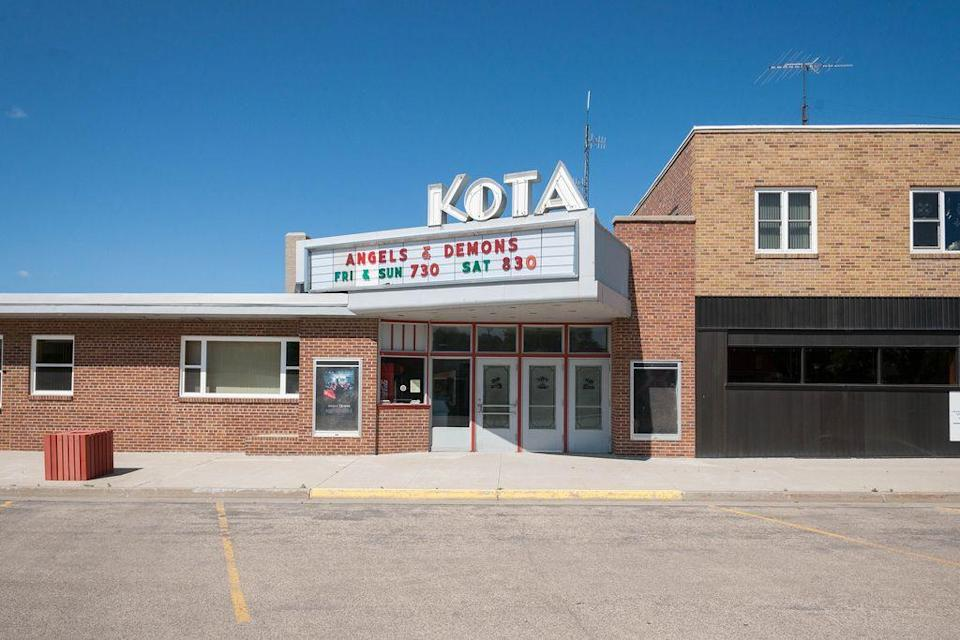 """<p>Garrison comes to life in the summer, when anglers and their families make their trips to enjoy the """"Walleye Capital of the World."""" Life here is all about simple pleasures: Fishing, movies at the charming KOTA theater. But, the town dazzles in the winter — Garrison's the official """"Christmas Capital of North Dakota."""" The most magical event is the annual <a href=""""https://www.dickensfestival.com/"""" rel=""""nofollow noopener"""" target=""""_blank"""" data-ylk=""""slk:Dickens Village Festival"""" class=""""link rapid-noclick-resp"""">Dickens Village Festival</a>, when entire town turns into a Victorian community right out of a Dickens work.</p><p><a href=""""https://flic.kr/p/apR4kU"""" rel=""""nofollow noopener"""" target=""""_blank"""" data-ylk=""""slk:Flickr photo by Andrew Filer"""" class=""""link rapid-noclick-resp""""><em>Flickr photo by Andrew Filer</em></a></p>"""