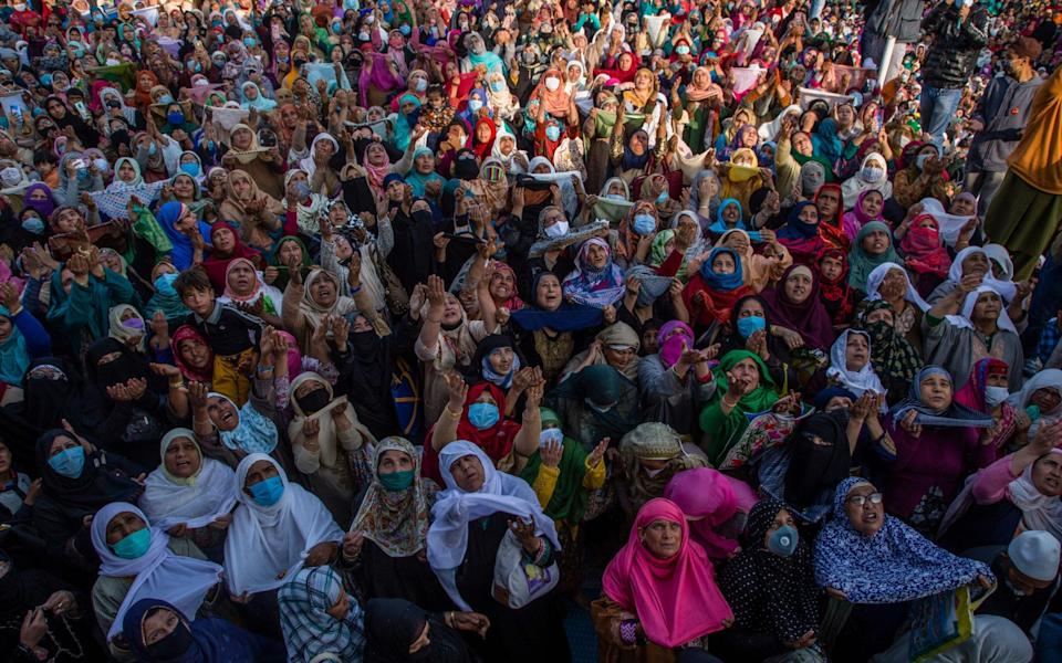 Thousands of Kashmir gather to visit the Hazratbal shrine in Srinagar to pay obeisance on the Eid-e-Milad, or the birth anniversary of the Prophet Mohammed - Getty