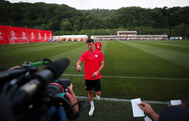 Soccer Football - World Cup - Poland Training - Sputnik Stadium, Sochi, Russia - June 13, 2018 Poland's Robert Lewandowski during training REUTERS/Hannah McKay