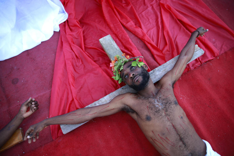 An actor depicts Jesus on Good Friday in Port-au-Prince. (Dieu Nalio Chery / ASSOCIATED PRESS)