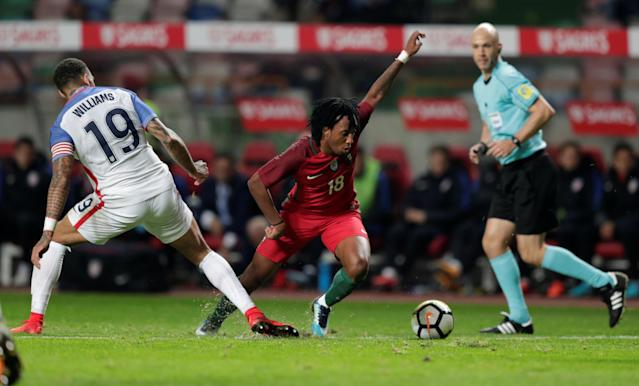 Soccer Football - International Friendly - Portugal vs USA - Estadio Dr. Magalhaes Pessoa, Leiria, Portugal - November 14, 2017 Portugal's Gelson Martins in action with USA's Daniel Williams REUTERS/Rafael Marchante