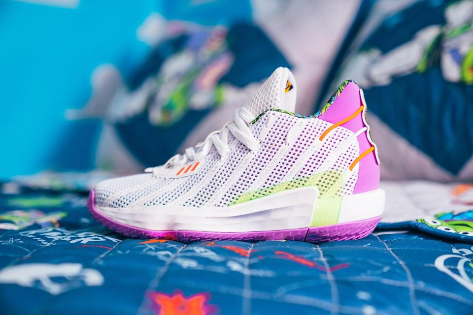 <p>The colors on these Adidas Buzz x Dame 7 Shoes instantly take us back to 1995.</p>