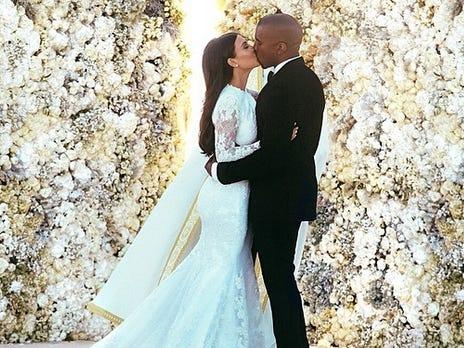 Kim Kardashian Kanye West wedding pic
