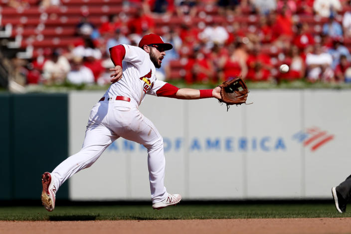 St. Louis Cardinals shortstop Paul DeJong catches a line drive by San Francisco Giants' Kevin Pillar during the seventh inning of a baseball game Monday, Sept. 2, 2019, in St. Louis. (AP Photo/Jeff Roberson)