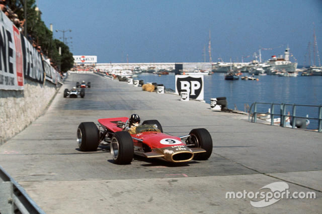 """1968 - Graham Hill, Lotus-Ford <span class=""""copyright"""">LAT Images</span>"""