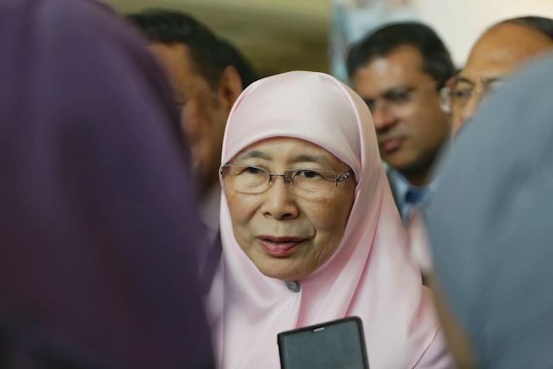 Dr Wan Azizah said PKR has yet to decide on the former communications and multimedia minister's membership bid. — Picture by Ahmad Zamzahuri