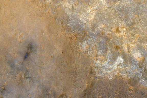 Mars Rover Curiosity Spied from Space