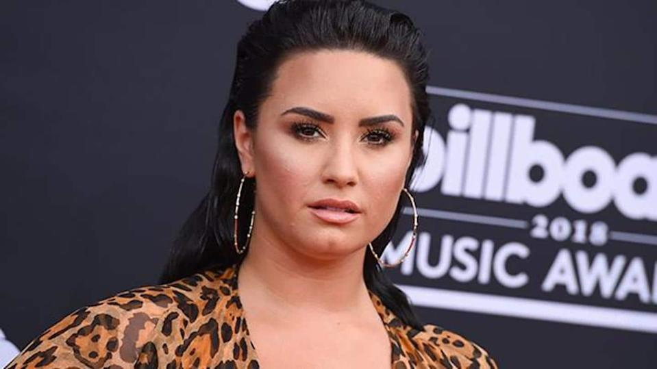 Demi Lovato identifies as non-binary, changes pronouns to they/them