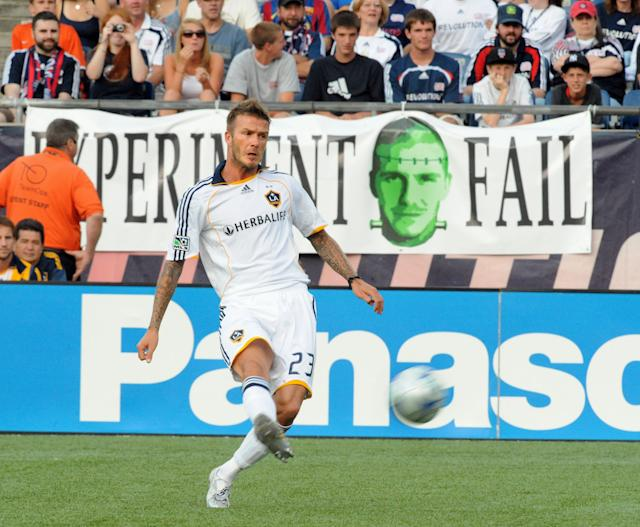 FOXBOROUGH, MA - AUGUST 8: David Beckham #23 of the Los Angeles Galaxy vs the New England Revolution August 8, 2009 at Gillette Stadium in Foxborough, Massachusetts. (Photo by Keith Nordstrom/MLS via Getty Images)