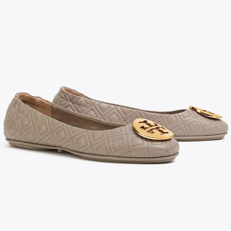 """<p><strong>Tory Burch</strong></p><p>toryburch.com</p><p><strong>$238.00</strong></p><p><a href=""""https://go.redirectingat.com?id=74968X1596630&url=https%3A%2F%2Fwww.toryburch.com%2Fminnie-travel-ballet-flat-quilted-leather%2F50736.html&sref=https%3A%2F%2Fwww.townandcountrymag.com%2Fstyle%2Fbeauty-products%2Fg19408606%2Fgift-ideas-for-women%2F"""" rel=""""nofollow noopener"""" target=""""_blank"""" data-ylk=""""slk:Shop Now"""" class=""""link rapid-noclick-resp"""">Shop Now</a></p><p>These quintessential flats deserve a spot in every stylish lady's closet. </p>"""