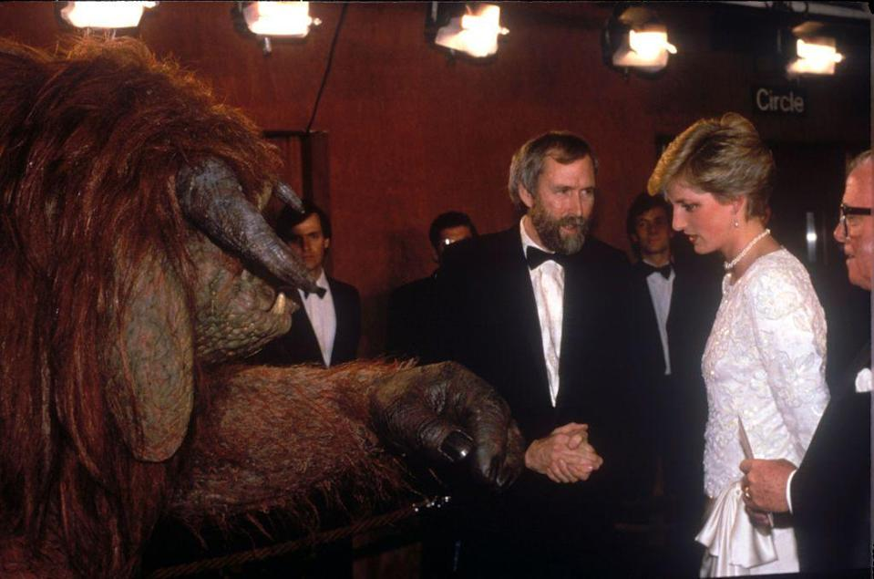 <p>Princess Diana met Ludo, a Hollywood star with far more fur than she's probably used t0, at the premiere of <em>Labyrinth </em>in London. </p>