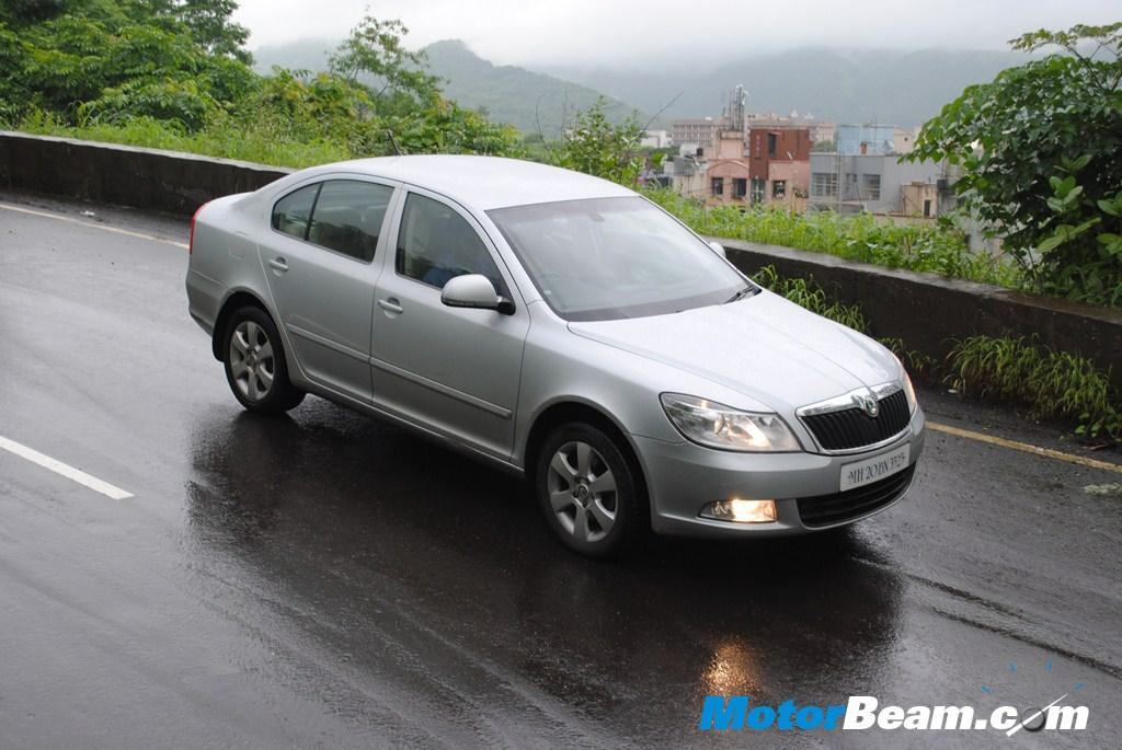 Skoda is also offering up to Rs. 80,000/- discount on Superb and up to Rs. 85,000/- discount on Laura diesel.