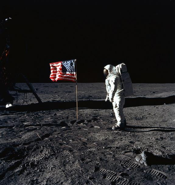 Apollo 11's Scariest Moments: Perils of the 1st Manned Moon Landing