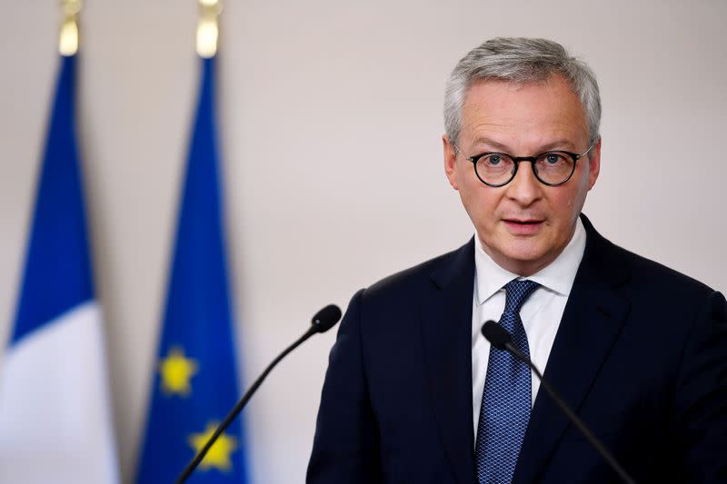 France's Le Maire in favour of delaying summer sales