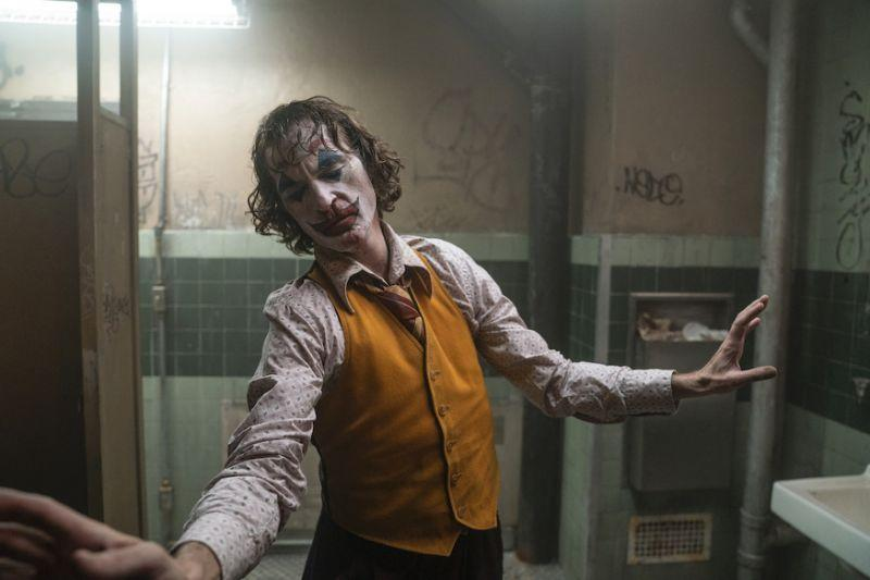 Joaquin Phoenix in Joker. (PHOTO: Warner Bros Pictures)