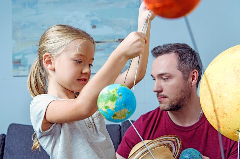 Giving Our Kids Play Space They Need >> Incite Wonder And Inspire Your Kids By Giving The Gift Of Science
