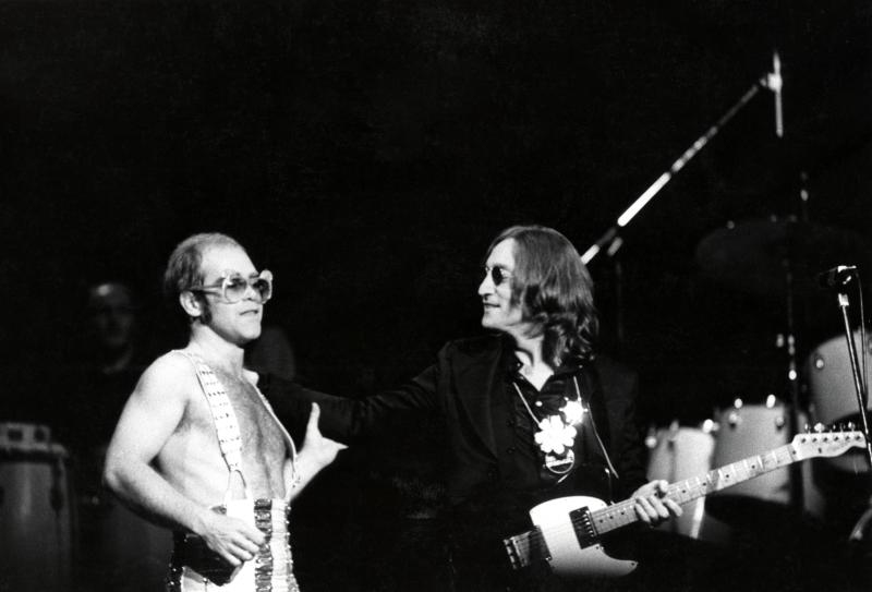 Madison Square Garden: Photo of Elton John and John Lennon, Lennon's last live appearance, November 28th, 1974. (Photo by Steve Morley/Redferns)