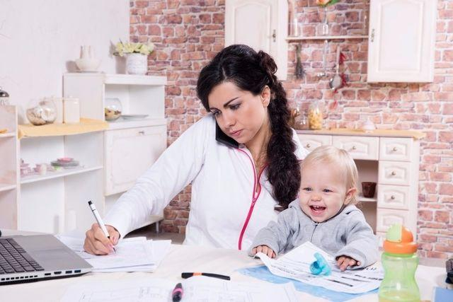Should I Leave my Job? - Asks a New Mother on BabyChakra. Read What Moms Like You Had to Say...