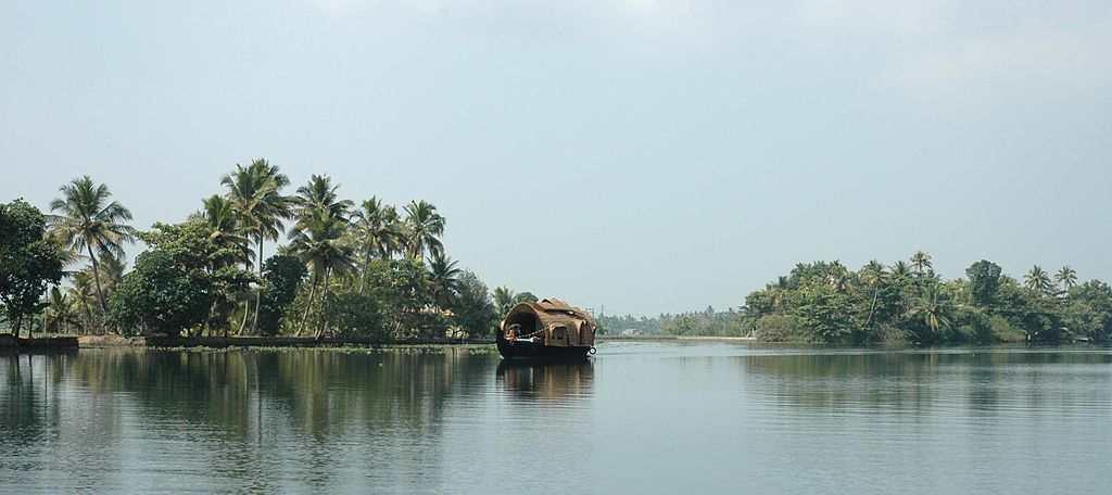 "<b>4. Alleppey </b><br><br>""It's truly God's Own Country. Moving through the backwaters in a houseboat was a experience which cannot be described in words alone,"" says Prem from Coimbatore. Be it cruising through backwaters, savouring local cuisine or getting a traditional Ayurvedic massage, Alleppey is where you can pamper yourselves. No harm in indulging once in a while!"