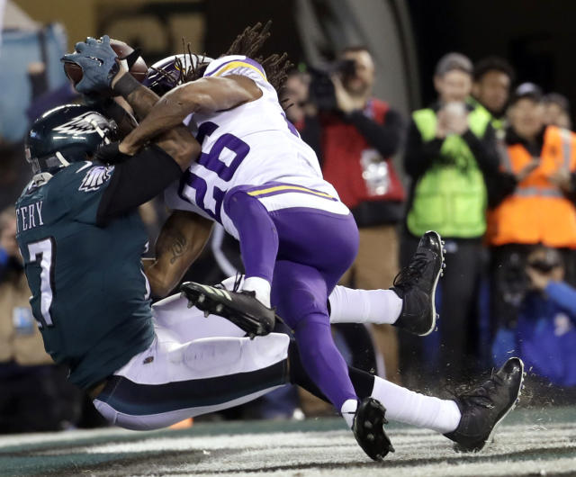 <p>Philadelphia Eagles' Alshon Jeffery catches a touchdown pass in front of Minnesota Vikings' Trae Waynes during the second half of the NFL football NFC championship game Sunday, Jan. 21, 2018, in Philadelphia. (AP Photo/Michael Perez) </p>