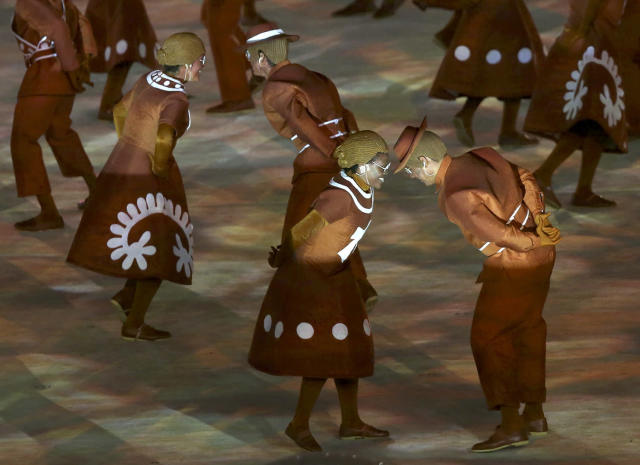 <p>Performers take part in the closing ceremony for the 2016 Rio Olympics on August 21, 2016. (REUTERS/Marcos Brindicci) </p>