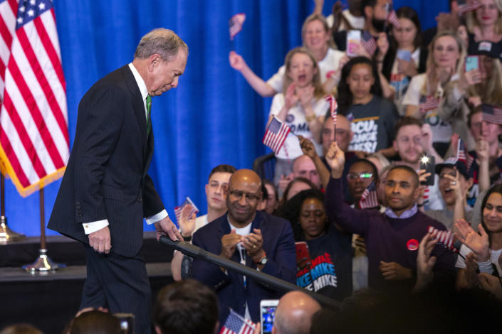 Former Democratic presidential candidate Mike Bloomberg leaves after speaking to supporters as he announces the suspension of his campaign and his endorsement of former Vice President Joe Biden for president in New York Wednesday , March 4, 2020. (AP Photo/Eduardo Munoz Alvarez)
