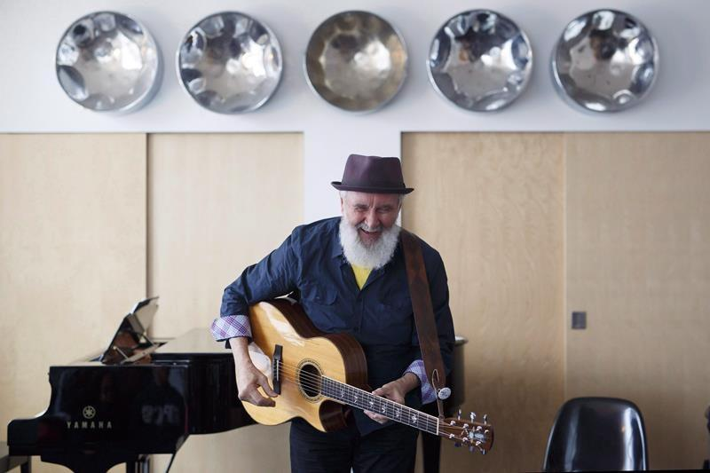 Fred Penner marks 40th anniversary of 'Cat Came Back' with Canadian tour