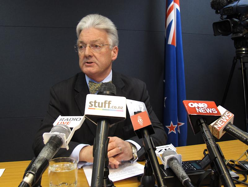 New Zealand lawmaker resigns duties after spy leak