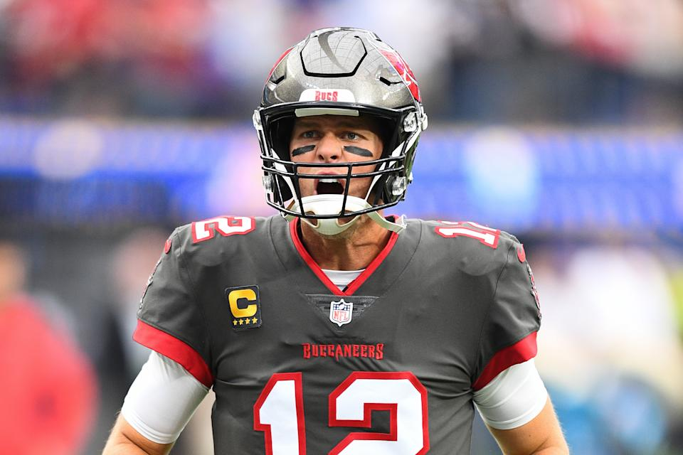 INGLEWOOD, CA - SEPTEMBER 26: Tampa Bay Buccaneers quarterback Tom Brady (12) celebrates before the NFL game between the Tampa Bay Buccaneers and the Los Angeles Rams on September 26, 2021, at SoFi Stadium in Inglewood, CA. (Photo by Brian Rothmuller/Icon Sportswire via Getty Images)