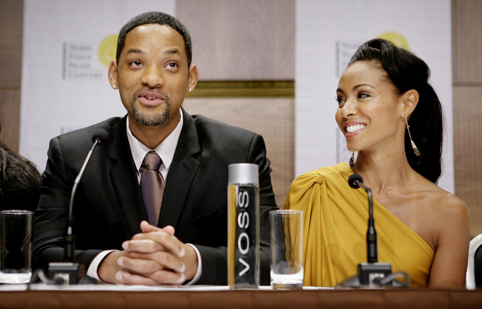 Actor Will Smith of the U.S. and his wife actress Jada Pinkett Smith talk during a news conference in Oslo December 11, 2009, prior to the Nobel Peace Prize Concert at the Oslo Spectrum tonight. The couple  will host the concert in honor of Nobel Peace Prize winner U.S. President Barack Obama.   REUTERS/Jon-Michael Josefsen/Scanpix  (NORWAY ENTERTAINMENT) NO COMMERCIAL OR BOOK SALES. NORWAY OUT. NO COMMERCIAL OR EDITORIAL SALES IN NORWAY