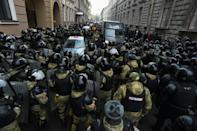 Law enforcement officers blocked protesters during a rally in support of jailed opposition leader Alexei Navalny in Saint Petersburg