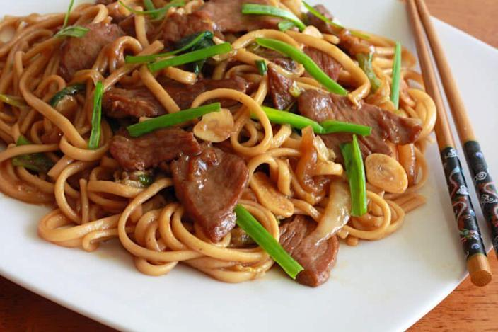 """<p>We've yet to find a variation on noodles we aren't instantly obsessed with.</p><p>Get the recipe from <a href=""""http://www.daringgourmet.com/2013/01/23/shanghai-noodles/"""" rel=""""nofollow noopener"""" target=""""_blank"""" data-ylk=""""slk:Daring Gourmet"""" class=""""link rapid-noclick-resp"""">Daring Gourmet</a>.</p>"""