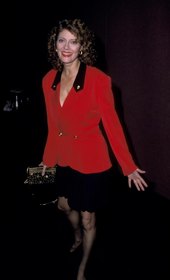 <p>Susan Sarandon stands out in red at the 9th Annual Woman's Sports Foundation Awards in October, 1988.</p>