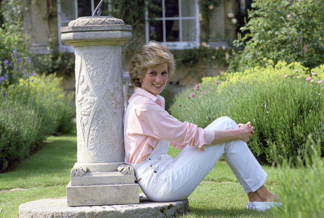 <p>This chic shot in white overalls, taken at Diana's home at Highgrove House, looks like it could have been taken just last week. (Photo: Tim Graham/Getty Images) </p>