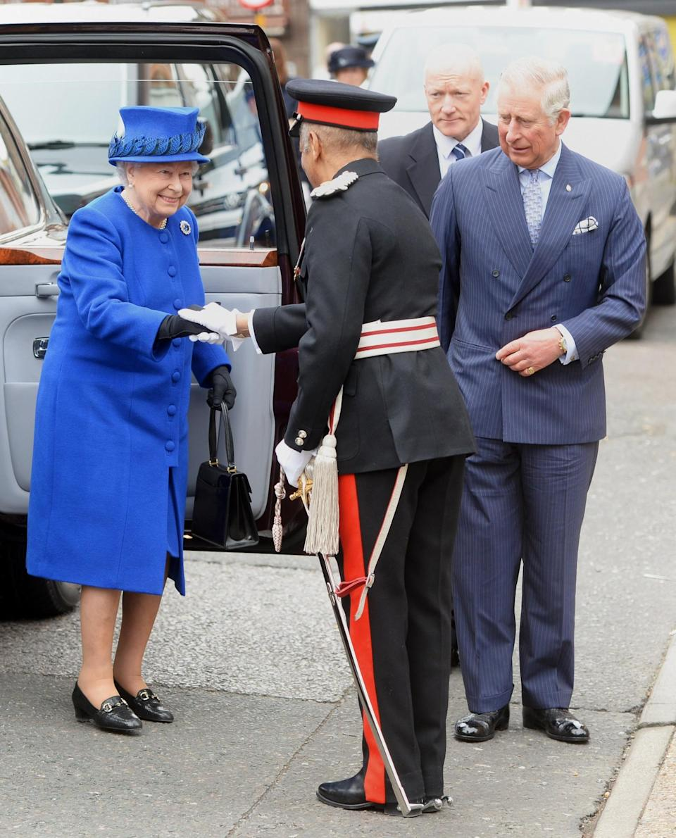 <p>The Queen wore blue yet again while visiting the Prince's Trust Centre.<br><i>[Photo: PA]</i> </p>