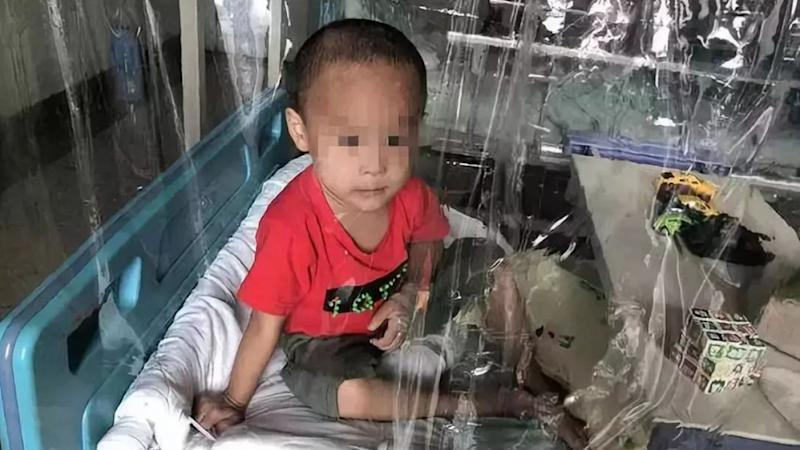 Crowdfunding for Chinese boy with leukaemia frozen after parents offer to sell his twin sister