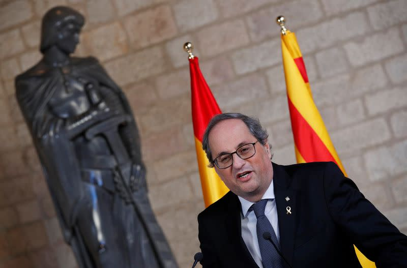 Catalan leader calls on citizens to defy judge on confinement refusal