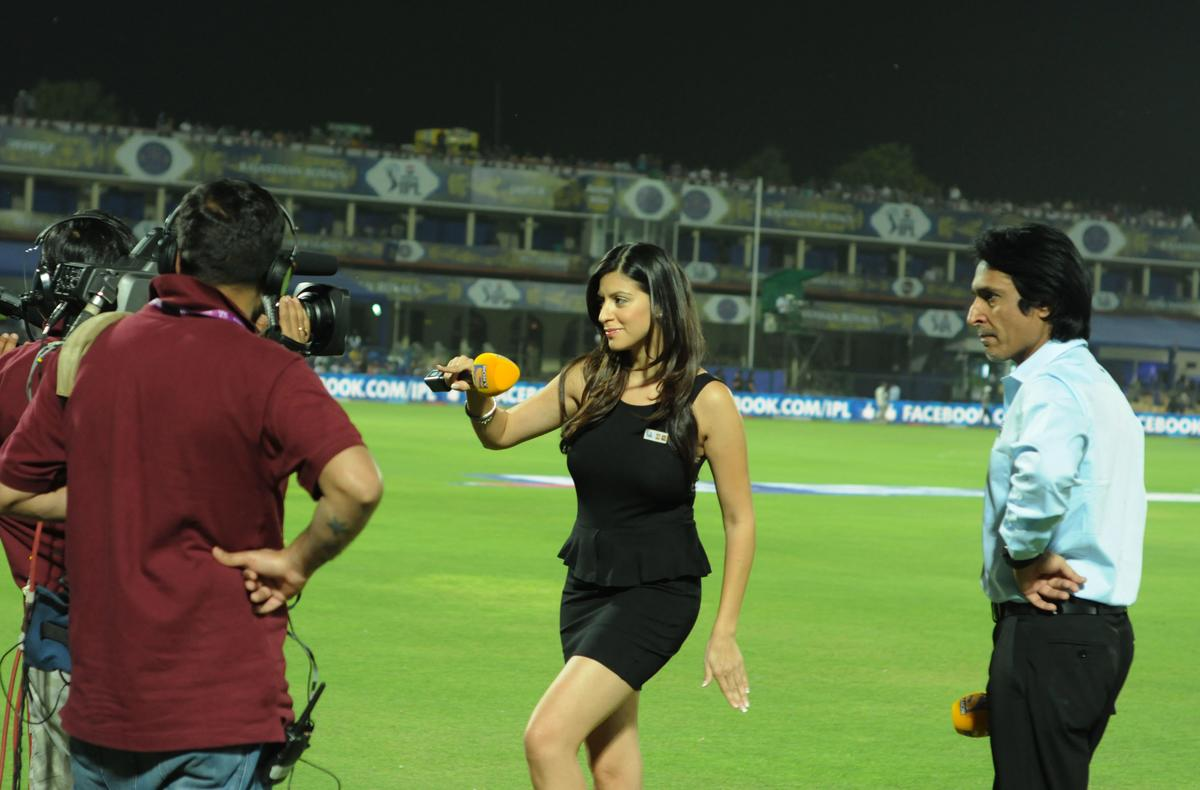 Tv anchor karishma and commentator  Rameez raja react during match 18 of the Pepsi Indian Premier League ( IPL) 2013  between The Rajasthan Royals and the Kings Xi Punjab  held at the Sawai Mansingh Stadium in Jaipur on the 14th April 2013..Photo by Arjun Panwar-IPL-SPORTZPICS   ..Use of this image is subject to the terms and conditions as outlined by the BCCI. These terms can be found by following this link:..https://ec.yimg.com/ec?url=http%3a%2f%2fwww.sportzpics.co.za%2fimage%2fI0000SoRagM2cIEc&t=1495840171&sig=_5IUguqPU.3oYW5a86Oo5A--~C