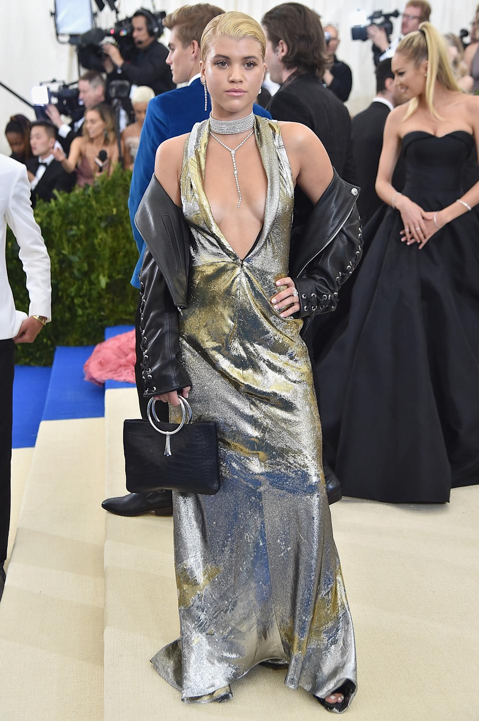 """<h1 class=""""title"""">Sofia Richie in Topshop and Tacori jewelry</h1><cite class=""""credit"""">Photo: Getty Images</cite>"""
