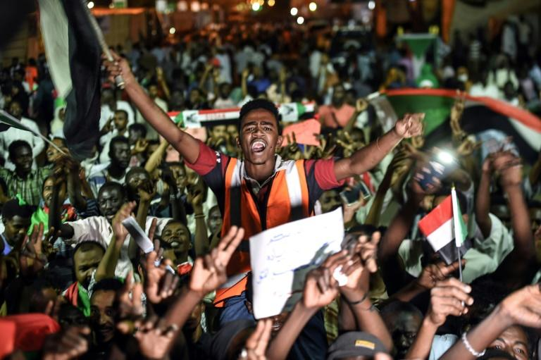 Talks between Sudan's ruling military council and protesters are deadlocked over who should lead a new governing body -- a civilian or an officer