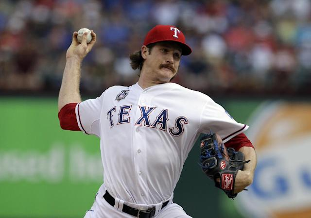 Miles Mikolas is looking to revive his MLB career, and it looks like he's got the stuff to do it. (Tony Gutierrez/AP)