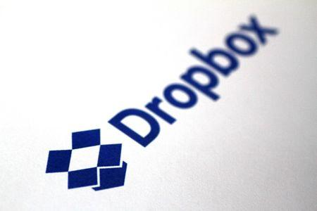 Dropbox files for IPO, values itself at $7 billion