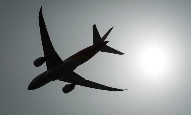 Lawsuit argues new air travel rules violate passengers' charter rights