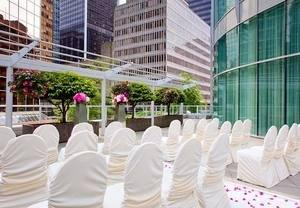 Couples Lavish in Rewards When Hosting Wedding Receptions in Downtown Vancouver