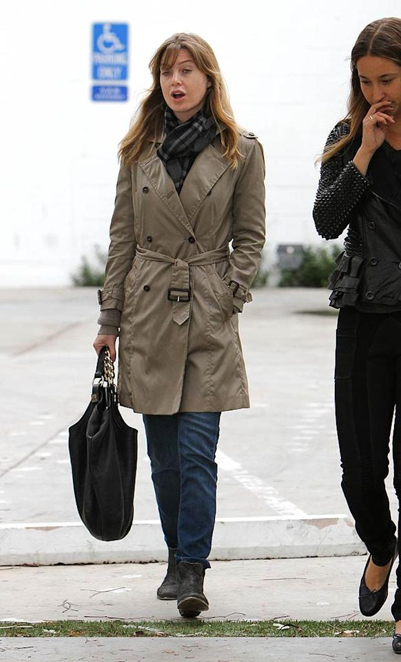 """Grey's Anatomy"" star Ellen Pompeo proved that trench coats even come in handy on occasion in Los Angeles! (11/12/2011)"