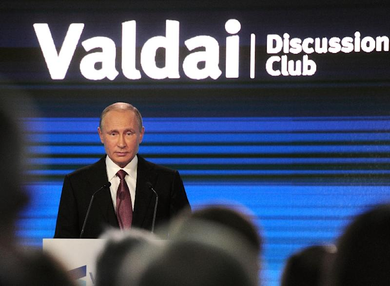 Russian President Vladimir Putin gives a speech at a Valdai Discussion Club meeting of political scientists in Sochi on October 27, 2016 (AFP Photo/Mikhail Klimentyev)