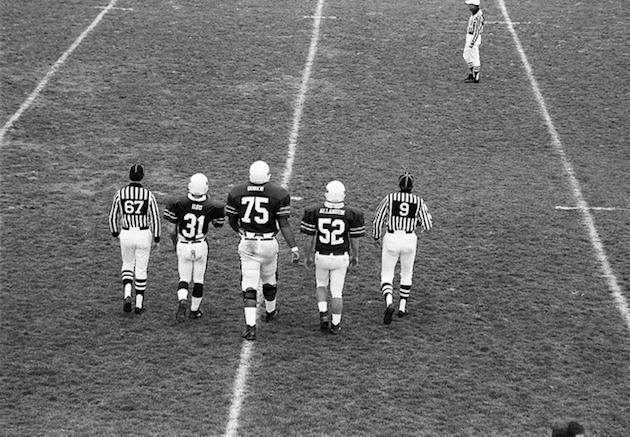 Guess which player is Jonathan Ogden? If you can't tell, you might need stronger glasses — Flickr/StAlbansSchool